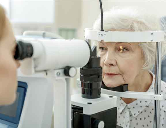 Eye test for cataract surgery in chennai