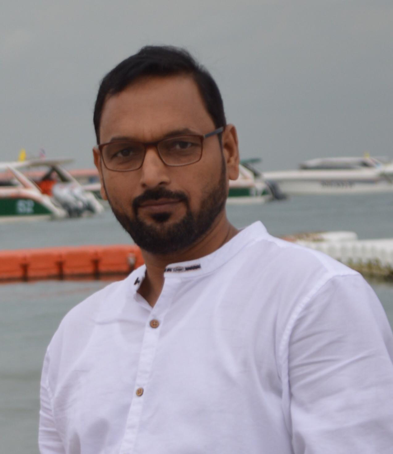 Image of Dr Shabeeh Nasar piles specialist in Bhopal